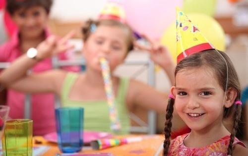 niños en fiesta